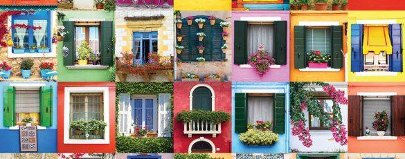különböző színű és formájú ablak